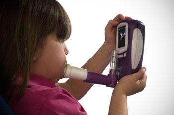 ポータブル呼気NO濃度測定器 NObreath